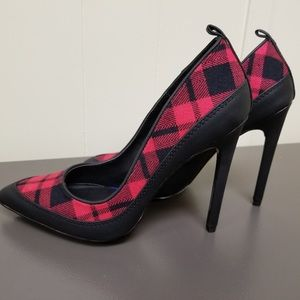Women's GX (Gwen Stefani) Black & Red Plaid Shoes